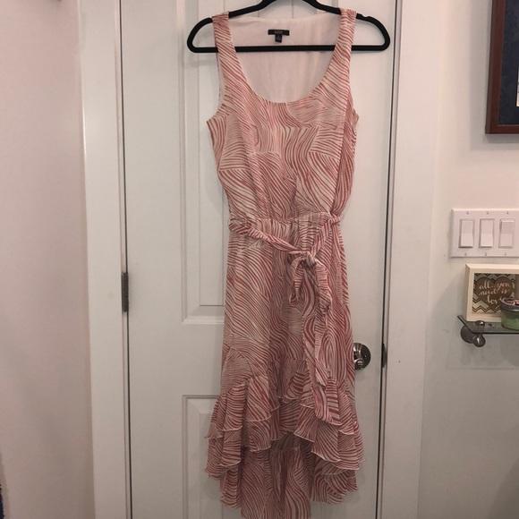 MSK Dresses & Skirts - MSK Dress with ruffle high/low bottom
